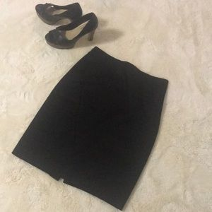 Silky pencil skirt